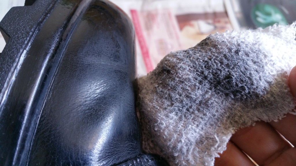removing polish with rubbing alcohol