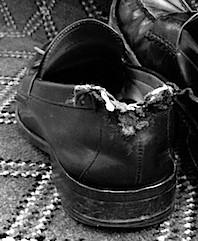 damaged shoe counter