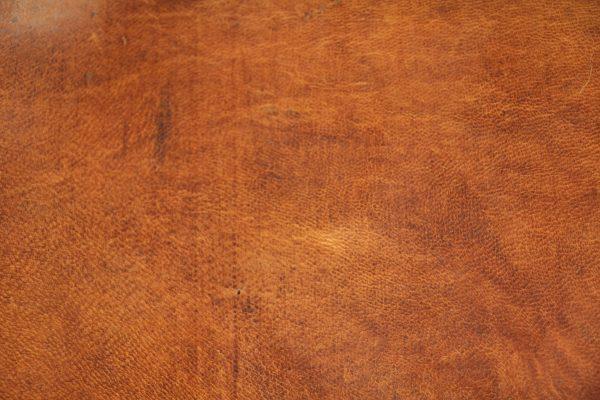 full grain leather grain
